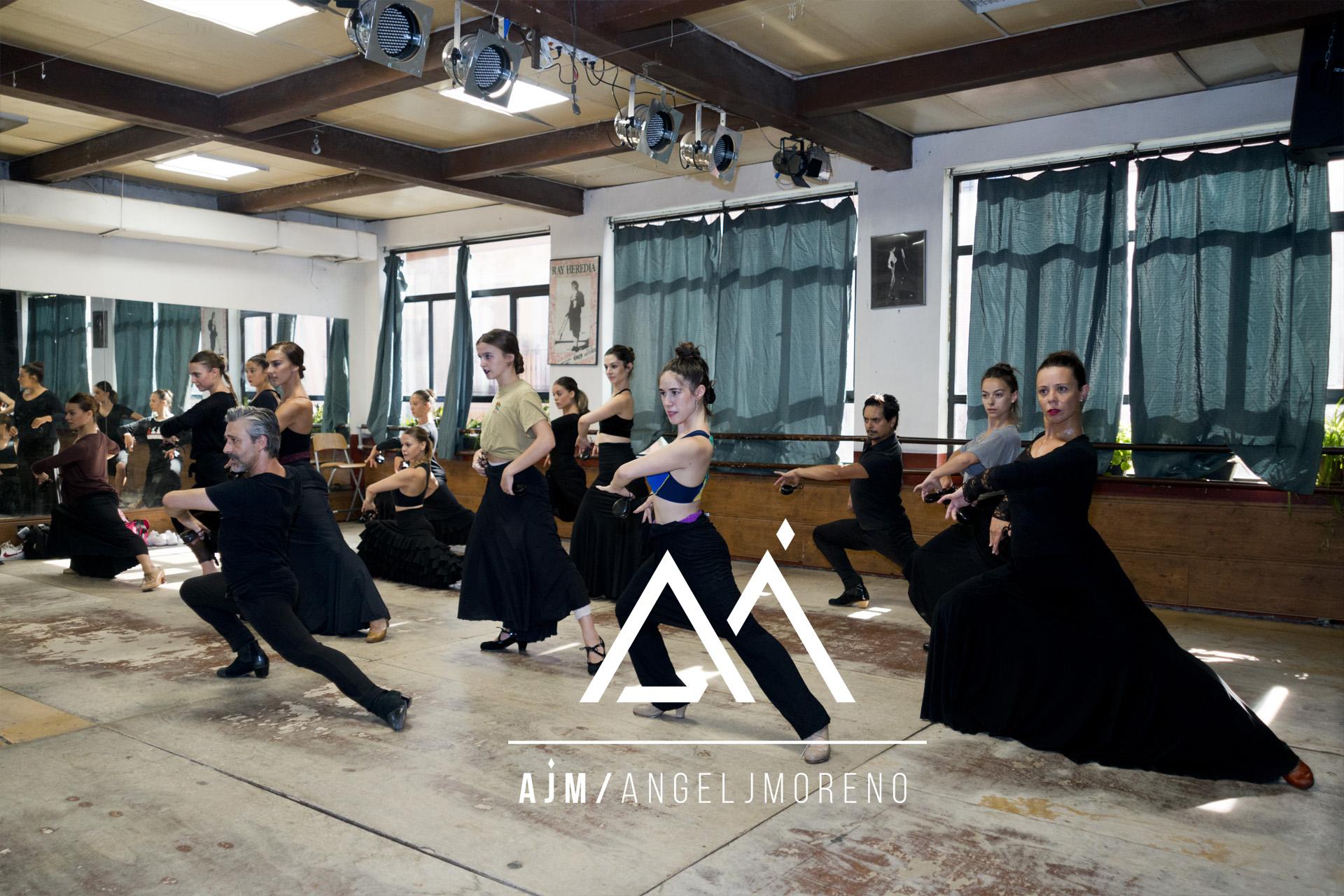 Fotografías de clases de danza.